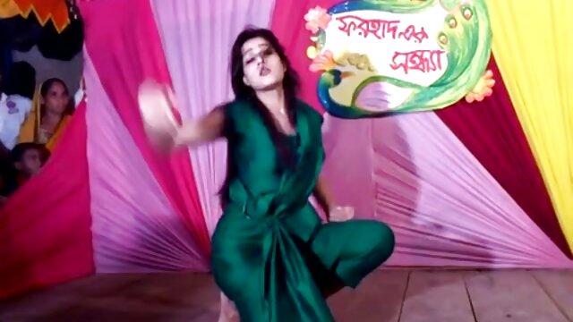 मोहक बेब कैम पर हस्तमैथुन हिंदी मूवी सेक्सी वीडियो