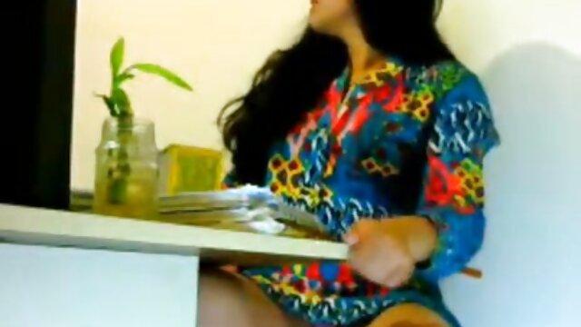 गंदा सेक्सी हिंदी मूवी सेक्सी लड़की (भाग 3) के साथ चेरी फटे!